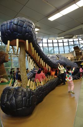 Osaka Gavial designed for playground equipments for kids/Osaka prefectural children's museum Big Bang